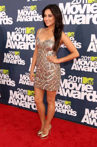 Shay Mitchell - MTV Movie Awards 2011