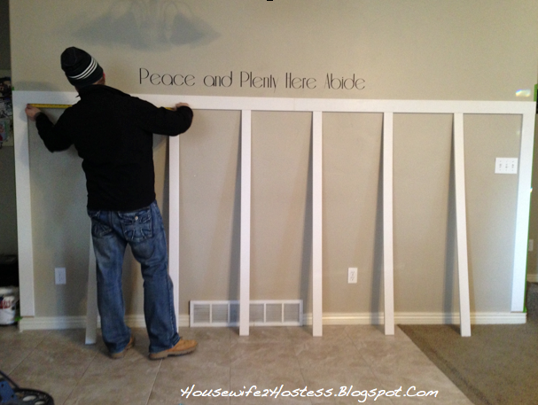 diy board and batten housewife2hostess. Black Bedroom Furniture Sets. Home Design Ideas
