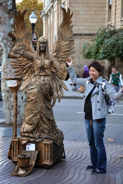 Street artists Barcelona
