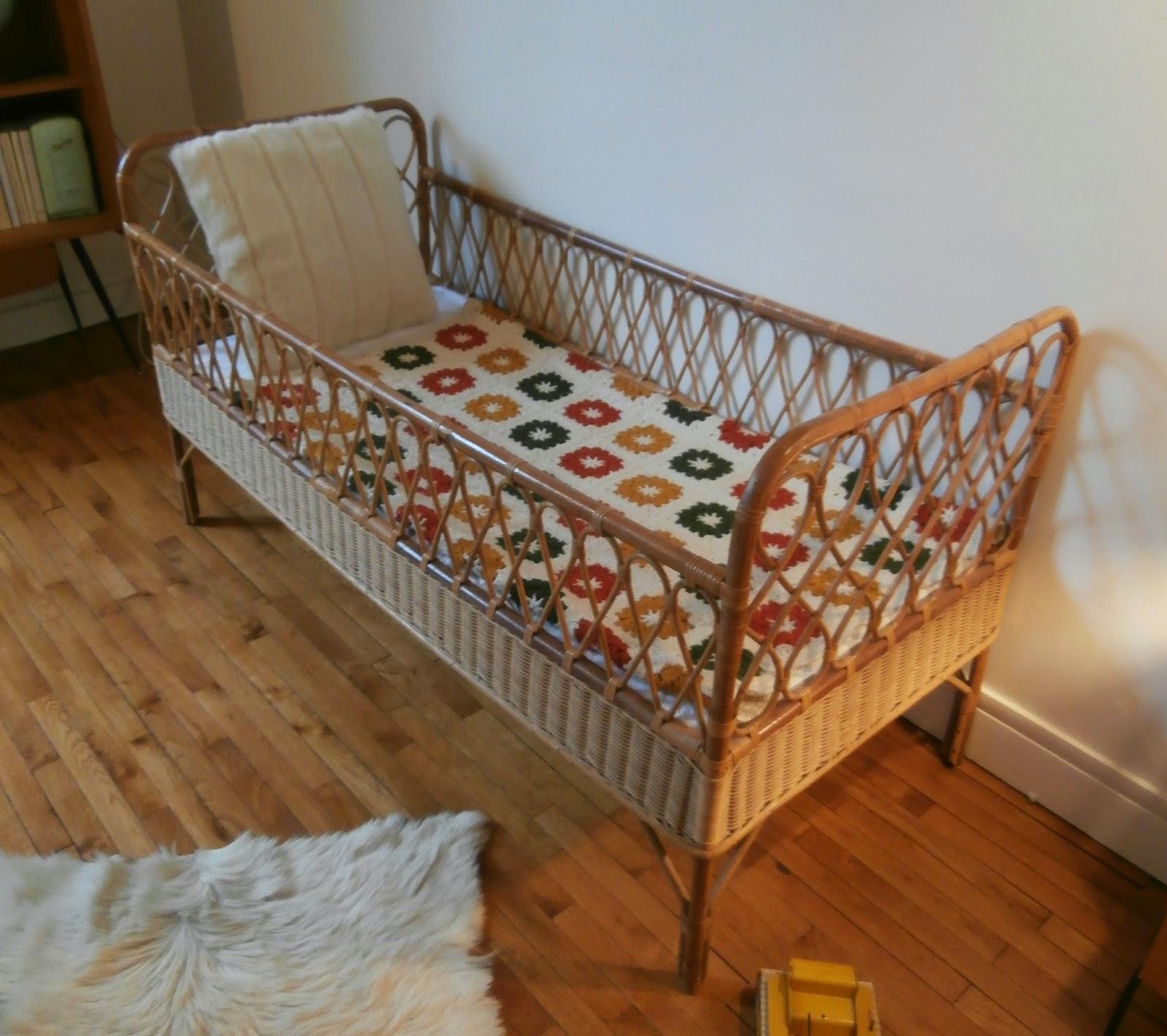 dur e de vie ind termin e lit enfant en rotin. Black Bedroom Furniture Sets. Home Design Ideas