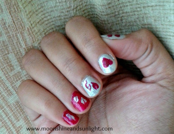 Spolied hearts nail art