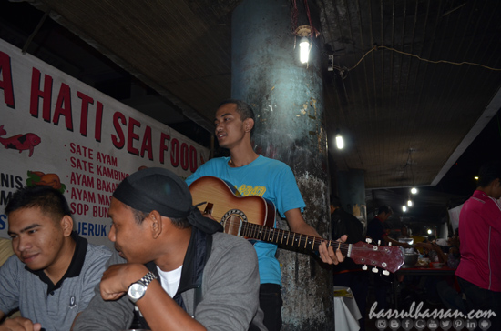 Hiburan Jalanan Kota Bandung