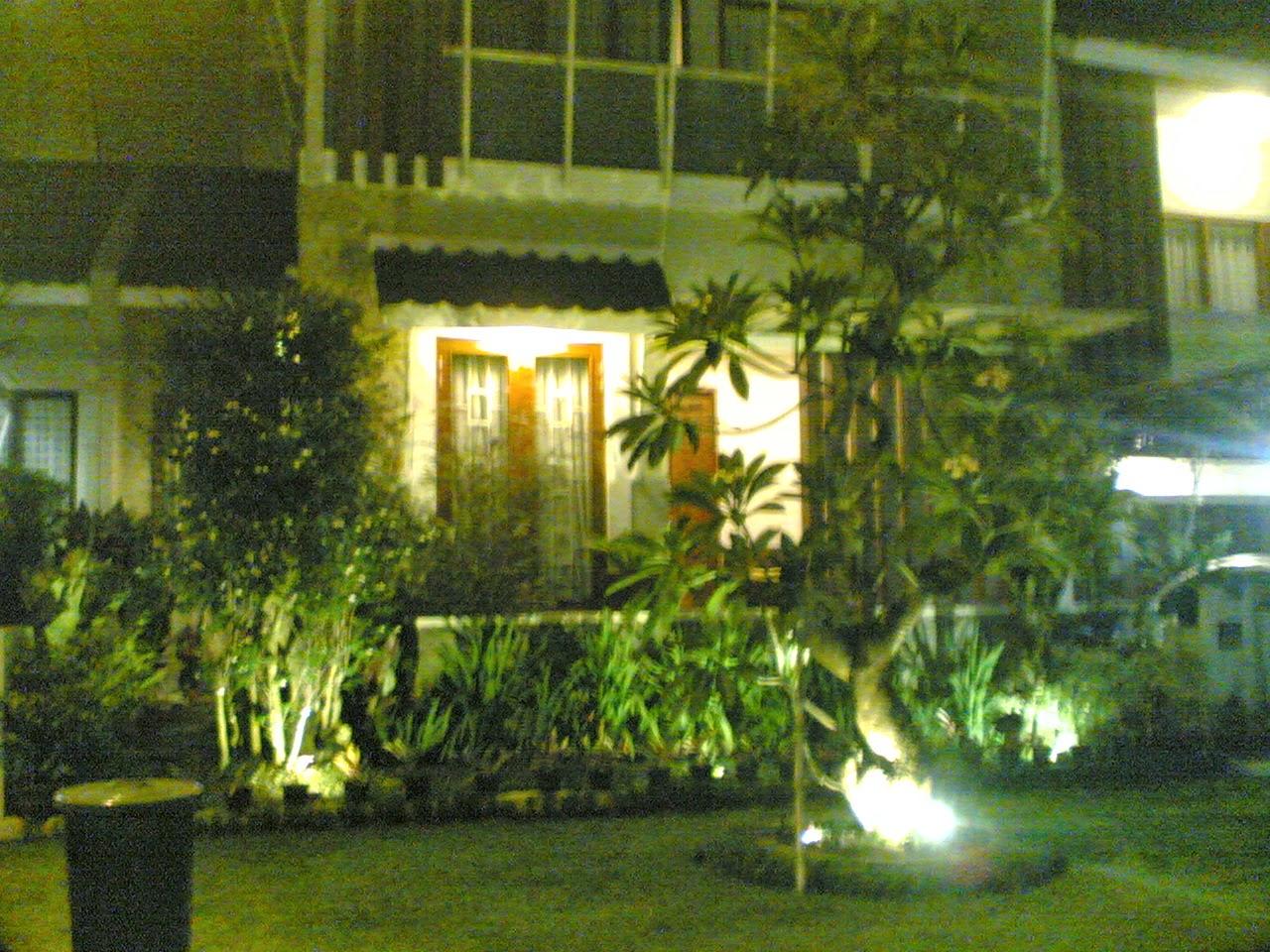 Tukang taman jabodetabek | Renovasi taman | Kontraktor taman | Suplier tanaman hias | Rumput | Kolam minimalis | Saung gazebo