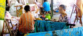 Proses pembuatan kain batik khas Sidoarjo