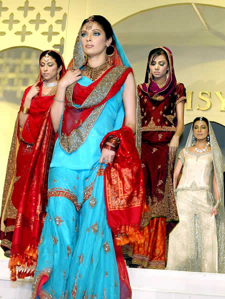 Very Best Pakistani Bridal Dress 450 x 598 · 57 kB · jpeg