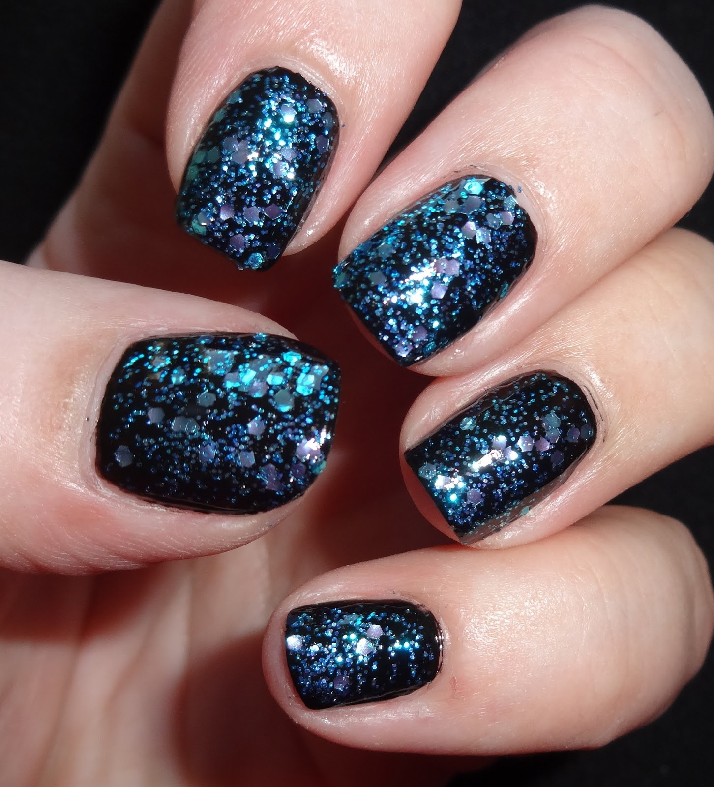 Shimmer And Sparkle Nail Polish: Wendy's Delights: Tmart Glitter Nail Polish