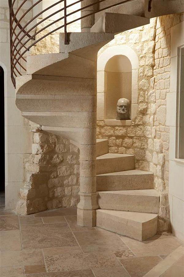 Rustik chateaux seleccion de escaleras caracol cual elegir for Fotos de escaleras rusticas