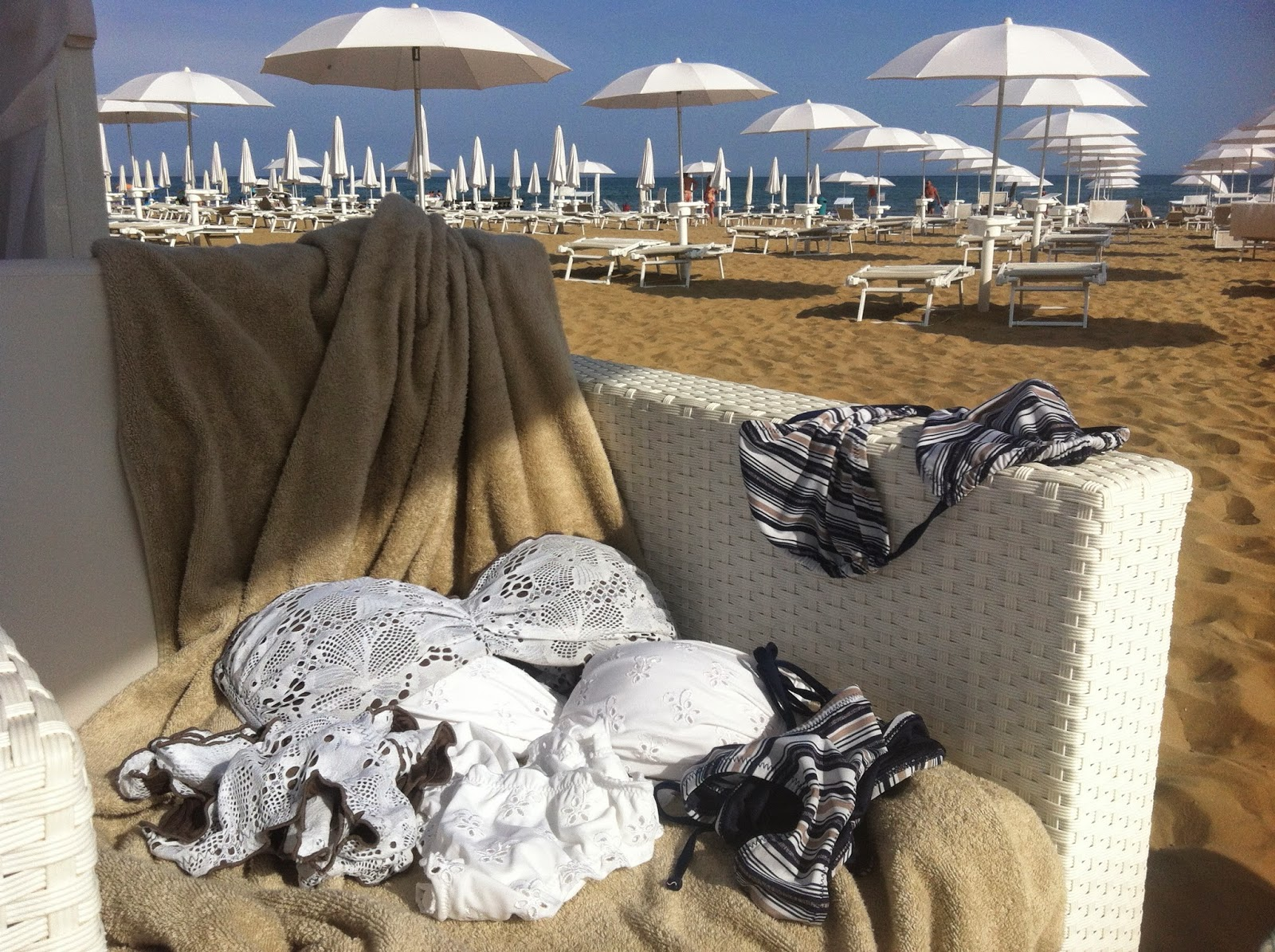 a727660b49c5 Bikini 2014, costumi Goldenpoint, Philippe Matignon, SiSi, Golden Lady, costumi  estate