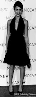 Jessica Alba - Beautifully dressed - Black and White picture 5