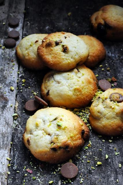 Et si on cuisinait ensemble à Maurecourt ??? Et des cookies chococaramel et j'yfoud'tout en attendant le 7 avril…