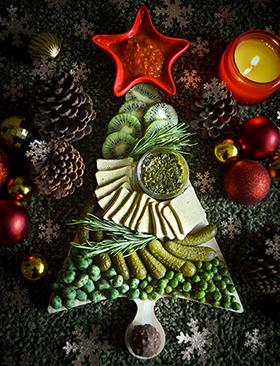 Tábua verde e vegetariana para uma Happy Hour natalina