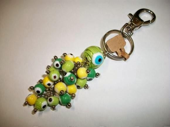 http://www.elo7.com.br/chaveiro-olho-grego-boa-sorte-brasil/dp/BA993
