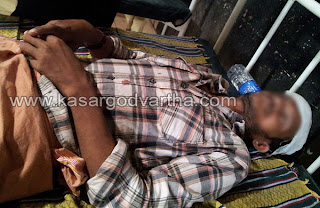 Blacksmith,Attack, Injured, Kasaragod, General-hospital, Kundamkuzhi, House, Hindi, Kerala,Kerala News, International News,