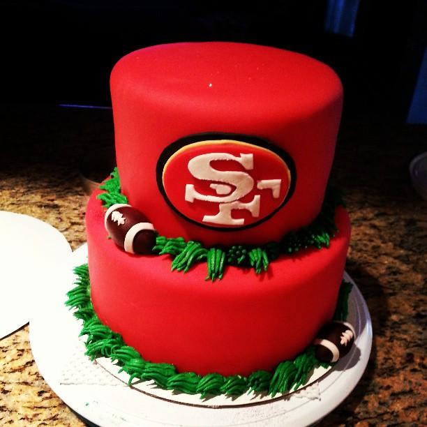 Pink Sugar Cupcakes 49ers Cake And Cupcakes