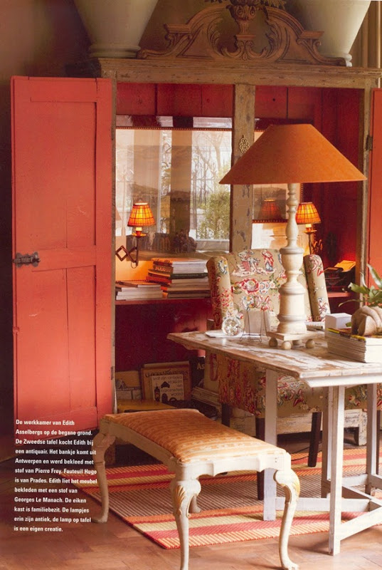 Take Five: Decorating with Coral and Salmon - The Cottage Market