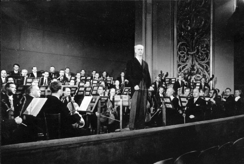 ultimo istante classica 1a parte l 39 opera 1a parteForGeorg Direttore Orchestra Ungherese