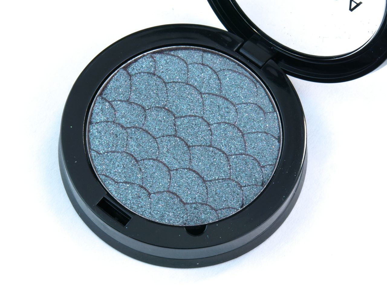 "Sephora Colorful Duo Reflects Long Lasting Eyeshadow in ""112 Mermaid Tail"": Review and Swatches"