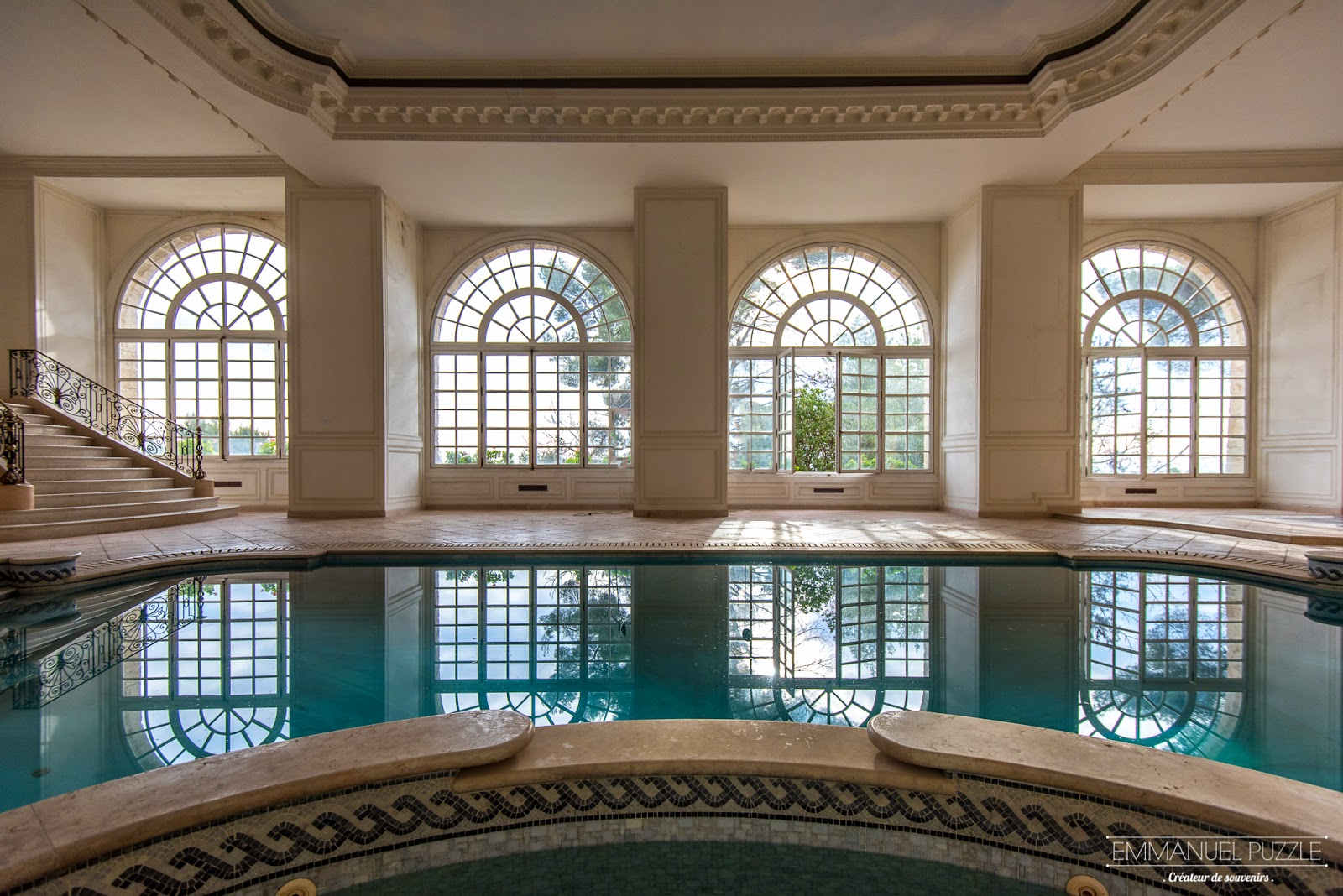 une belle salle de bain photos galerie d 39 inspiration pour la meilleure salle de bains design. Black Bedroom Furniture Sets. Home Design Ideas