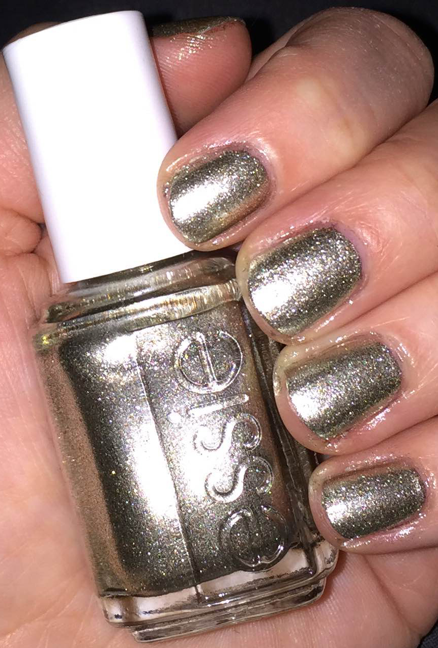 The Beauty of Life: #ManiMonday: Essie Jiggle Hi Jiggle Low from the ...