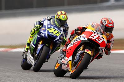 Marquez: Valentino Rossi Tidak Menendang Saya, Tapi?