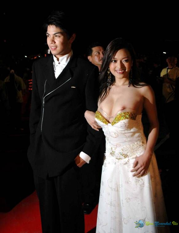 Datin Azurah Nipple Slip Pictures, Thai Aristocrat's Wedding Night Gone Wrong in Malaysia , Sex-Scandal.Us, Taiwan Celebrity Sex Scandal, hot sex scandal, nude girls, hot girls, Best Girl, Singapore Scandal, Korean Scandal, Japan Scandal