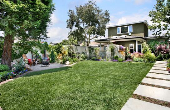 Fotos de jardin jardines de casas peque as de infonavit for Jardines para frentes de casas pequenas