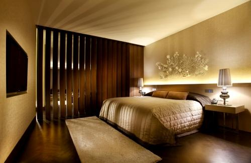 TUANNHA.ID design studio: Favorites Hotel room