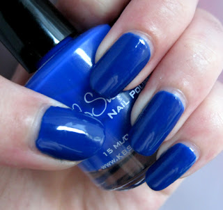 http://lacknroll-nails.blogspot.de/2015/07/lacke-in-farbe-und-mittelblau.html