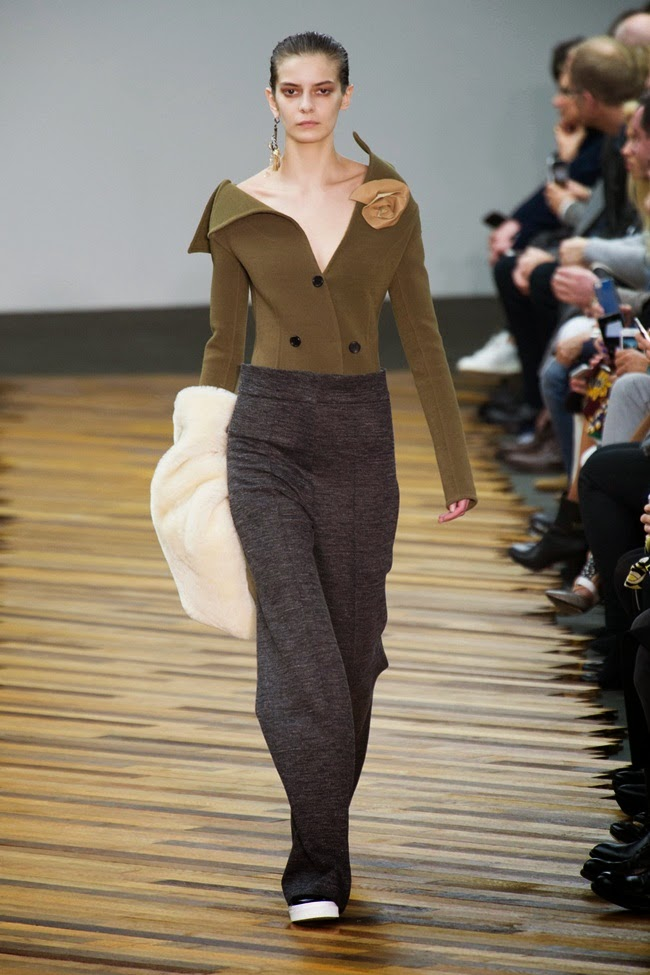 Céline 2014 AW Olive Low-Twist Top Runway