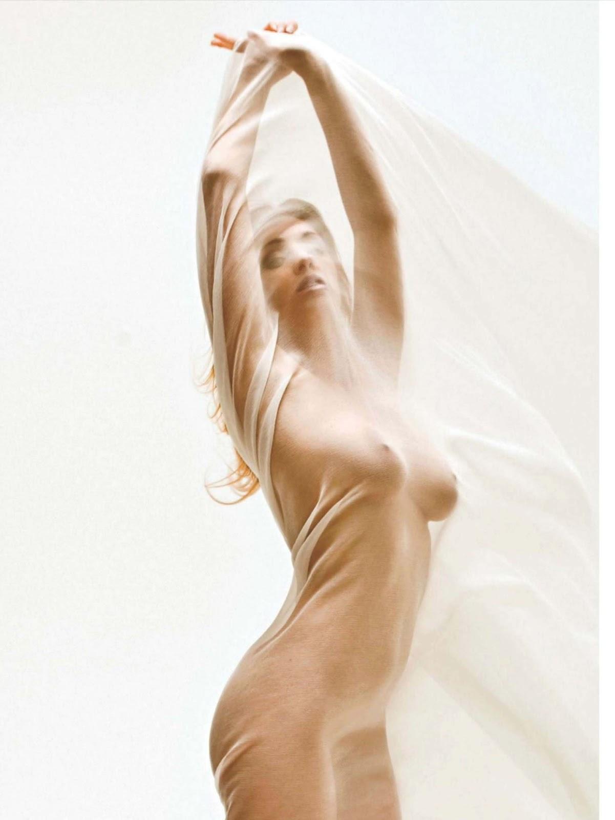 http://1.bp.blogspot.com/-S2fGRWe9IE8/UKI_s8-aXBI/AAAAAAAAp7w/Ma0OSRk2zfA/s1600/septimiu29-Erika+Markato+-+Playboy+Netherlands+-+Dec+2012++(11).jpg