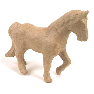 Objet en papier mâché petit cheval