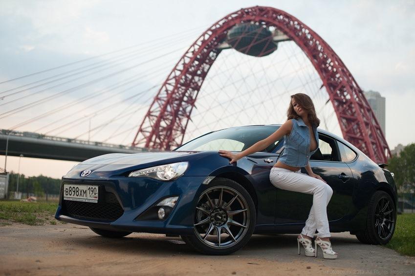 Toyota GT86, dziewczyna i auto, fotki, zdjęcia