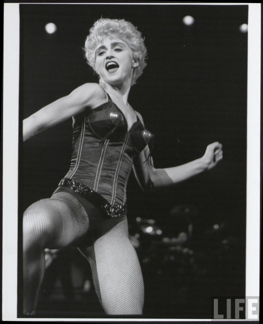 Madonna Performing Photos From 1984 1996 Vintage Everyday