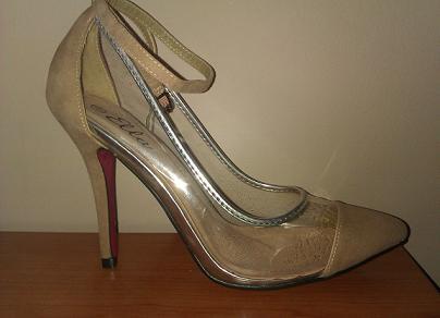 buty przezroczyste