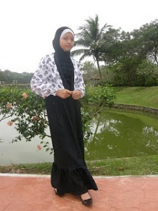 dress kot hitam pituh