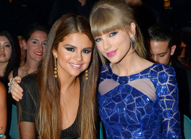 Selena Gomez desmiente noticia de que lanzará canción junto a Taylor Swift junto con indirecta a Demi Lovato.