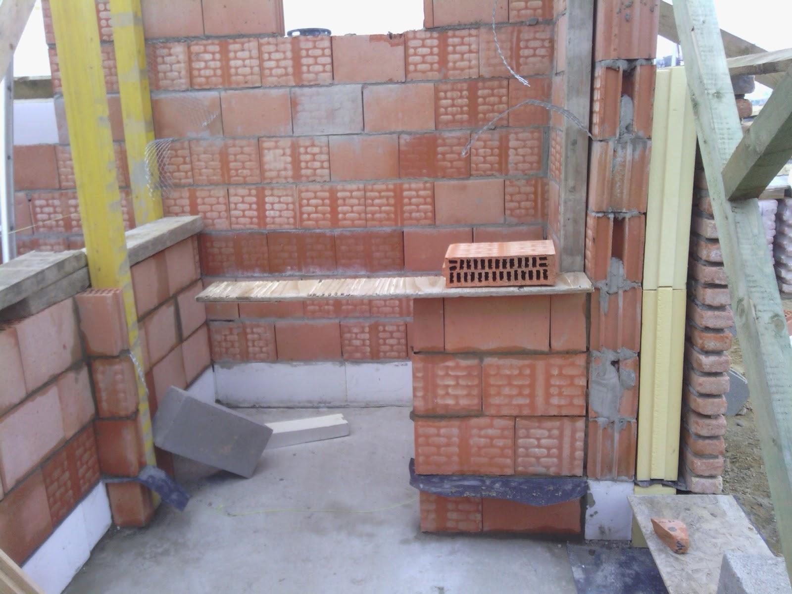 Voor het paasweekend bouwen - Muur wc ...
