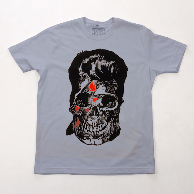 "Camiseta - Séries ""Caveira"" e "" David Bowie"""