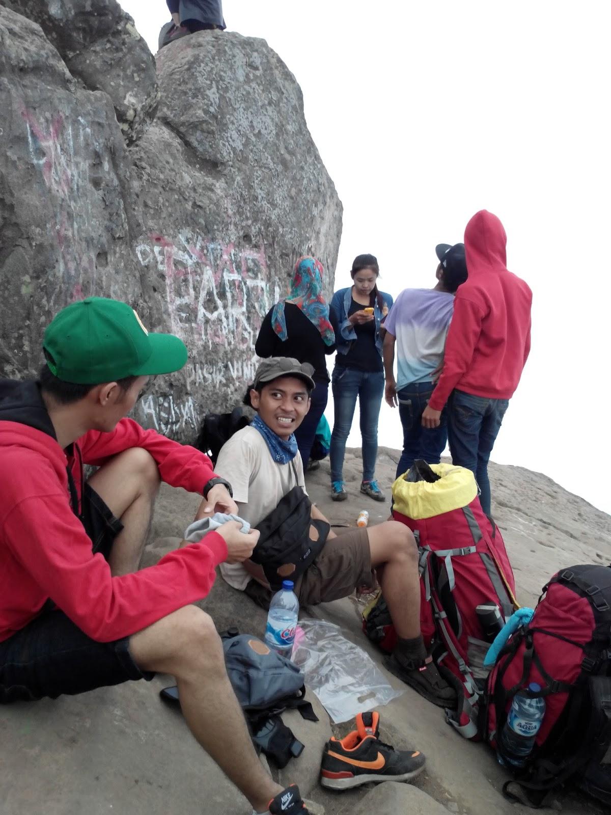 Life Love Laugh Like Mt Bongkok Purwakarta 25 Mei 2015