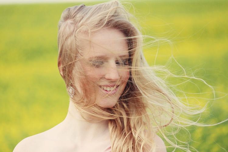 Haare im Wind
