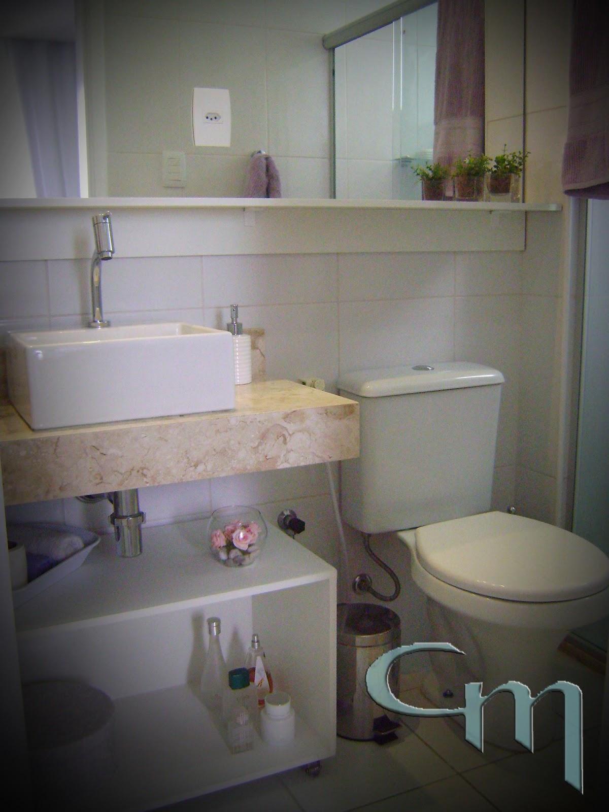 Pensamentos de um Girassol Bege claro, bege médio e bege escuro -> Banheiros Modernos Escuros