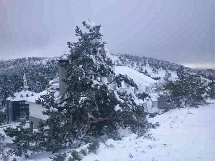vistas de Navacerrada con nieve