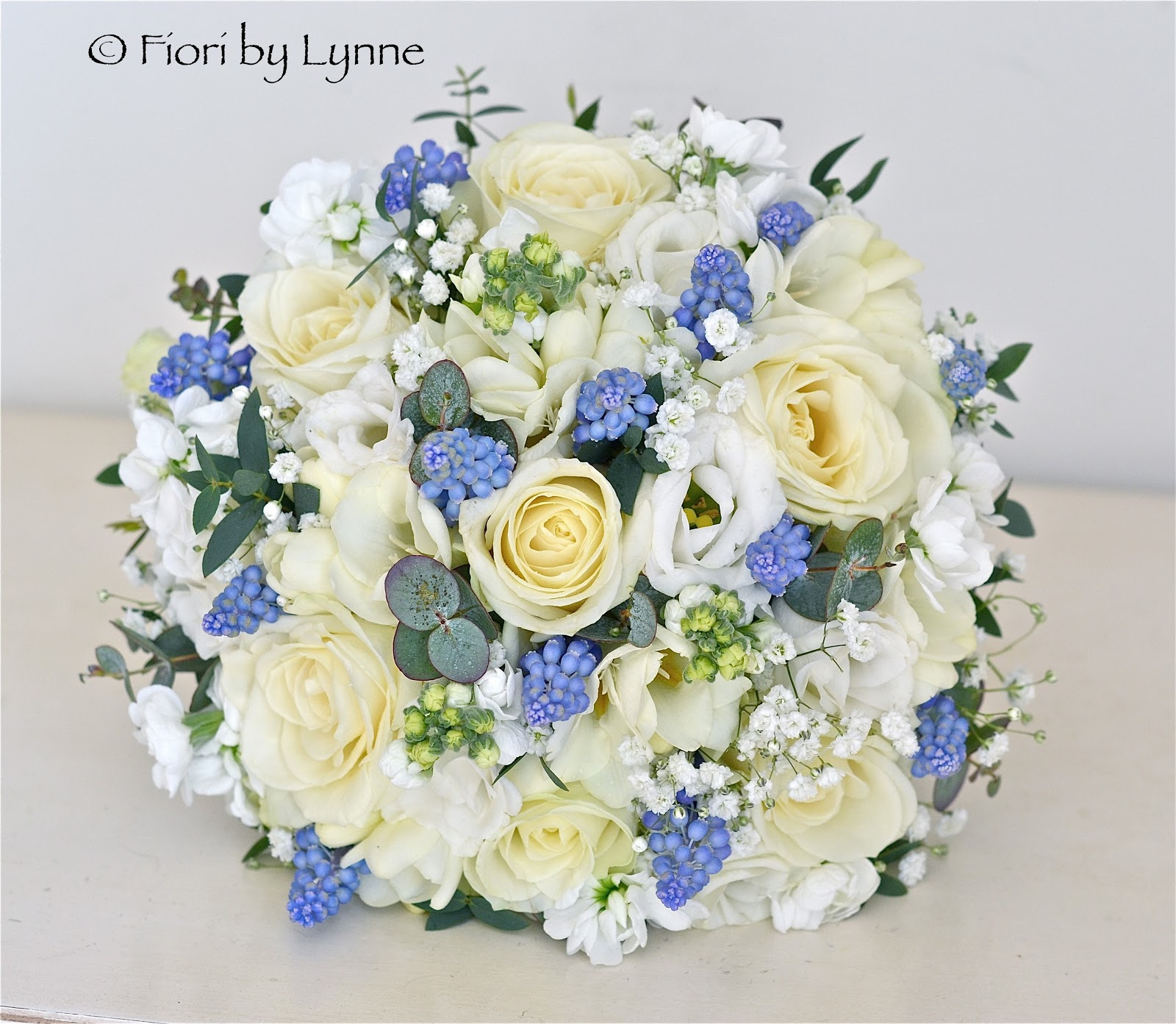 Wedding flowers blog carmens blue and white spring wedding flowers a very fresh and pretty wedding in blues and whites with flowers in the natural country style the grape hyacinths add a lovely touch of wedgewood blue and izmirmasajfo