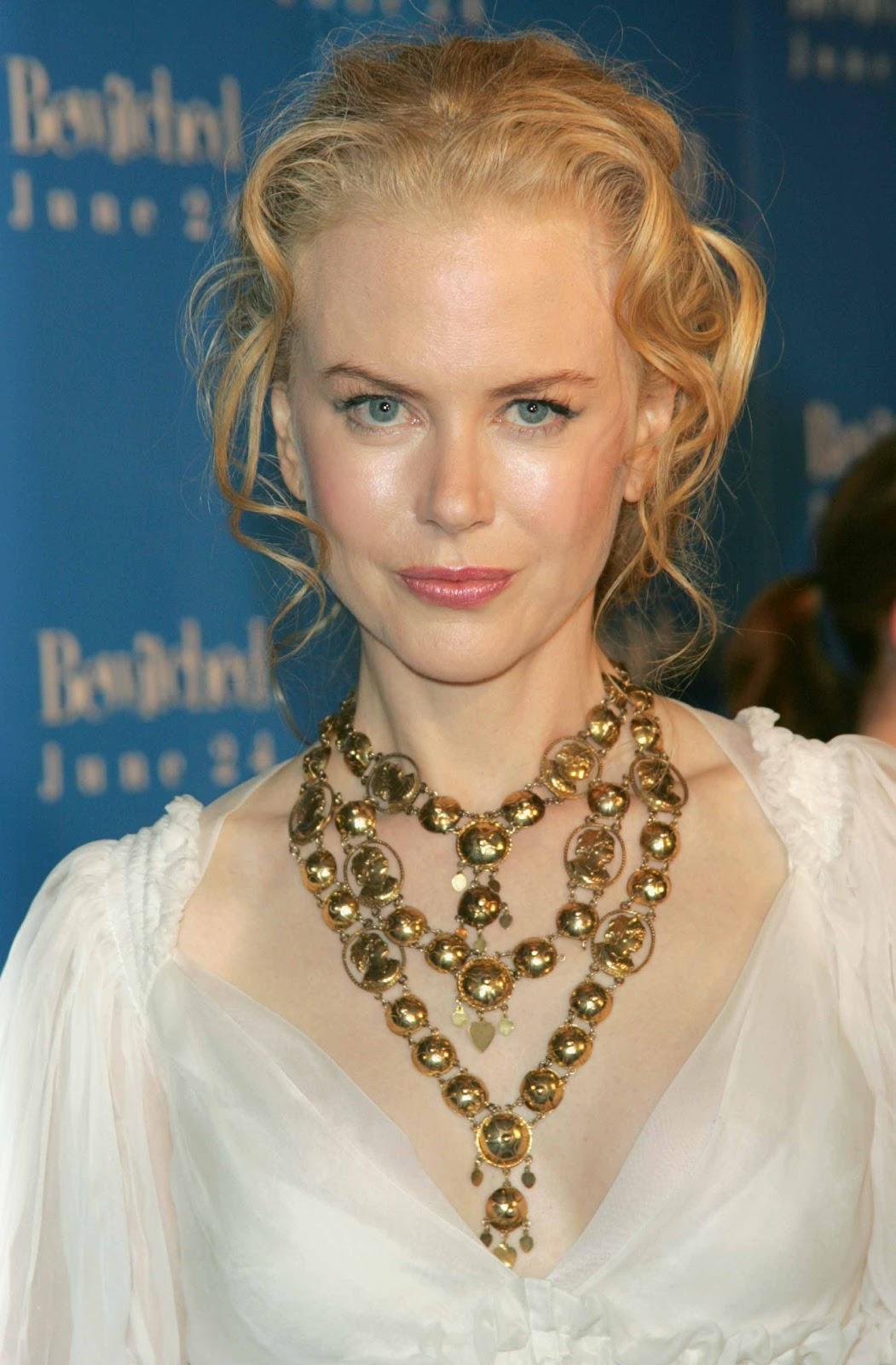 http://1.bp.blogspot.com/-S4XSF64rwrE/TrLAUQGWEyI/AAAAAAAABIA/uG6IB2jEOX0/s1600/Nicole+Kidman+X.jpg