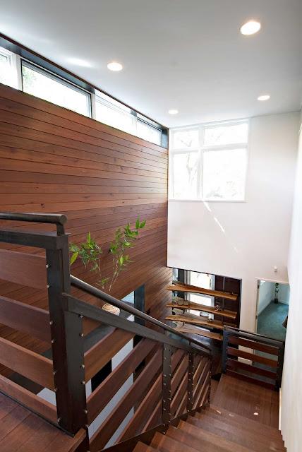Minimalist Wooden 07