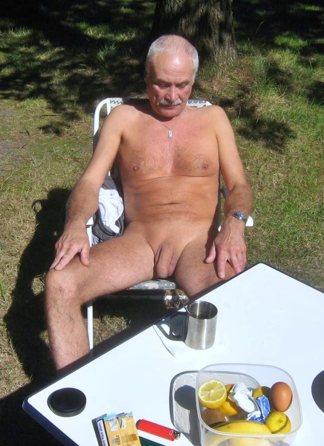 Older Gay Big Dick Men Uncut Cock Senior Outside