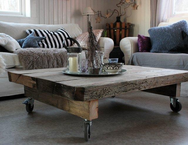 Frk Elton: DIY- stuebord endelig ferdig