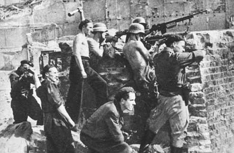 [Imagen: Polish+Insurgents+Warsaw+Uprising_3.jpg]