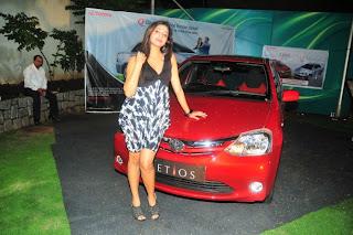 haripriya , haripriya skirt picture glamour  images