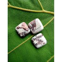 Azimat-Mustika-Macan-Kumbang